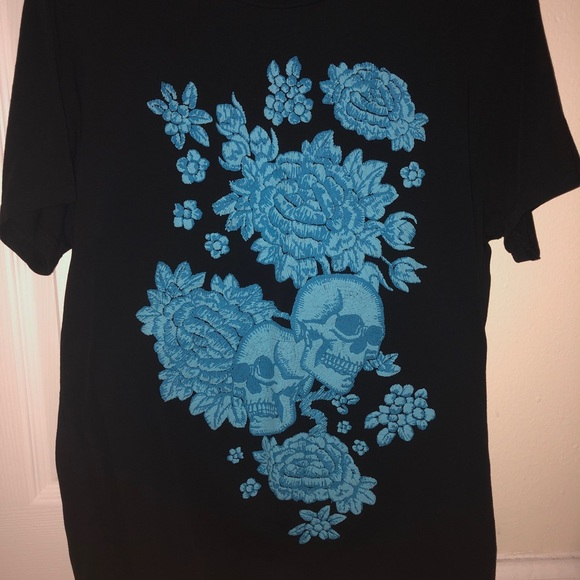 Guess Other - Black and blue tee skulls